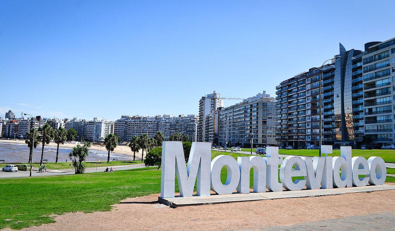 uruguay residenza investimenti argentini incentivi lacalle pou