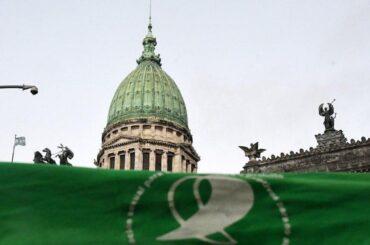 argentina approvata legge aborto legale