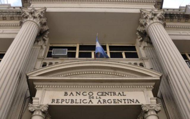 debito argentina sospensione pagamenti default