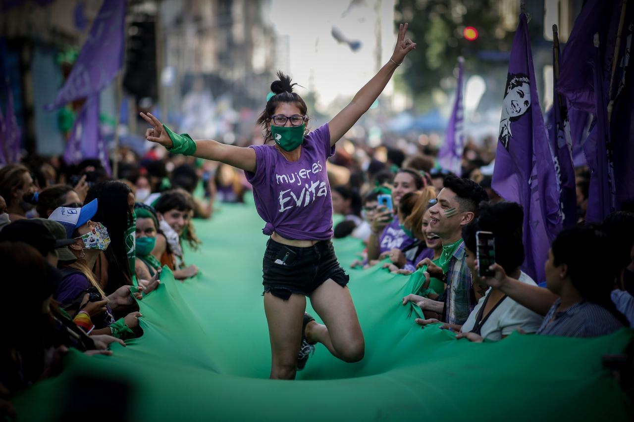 argentina legge aborto legale 14 settimana approvazione camera