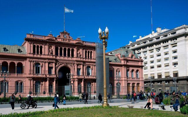debito argentina creditori solvibilita politica economica accordo fmi