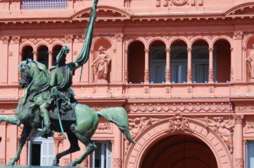 debito argentina ristrutturazione negoziati governo creditori