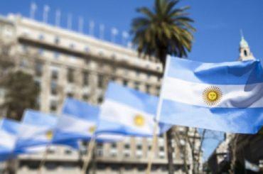 debito argentina negoziato creditori governi fondi privati