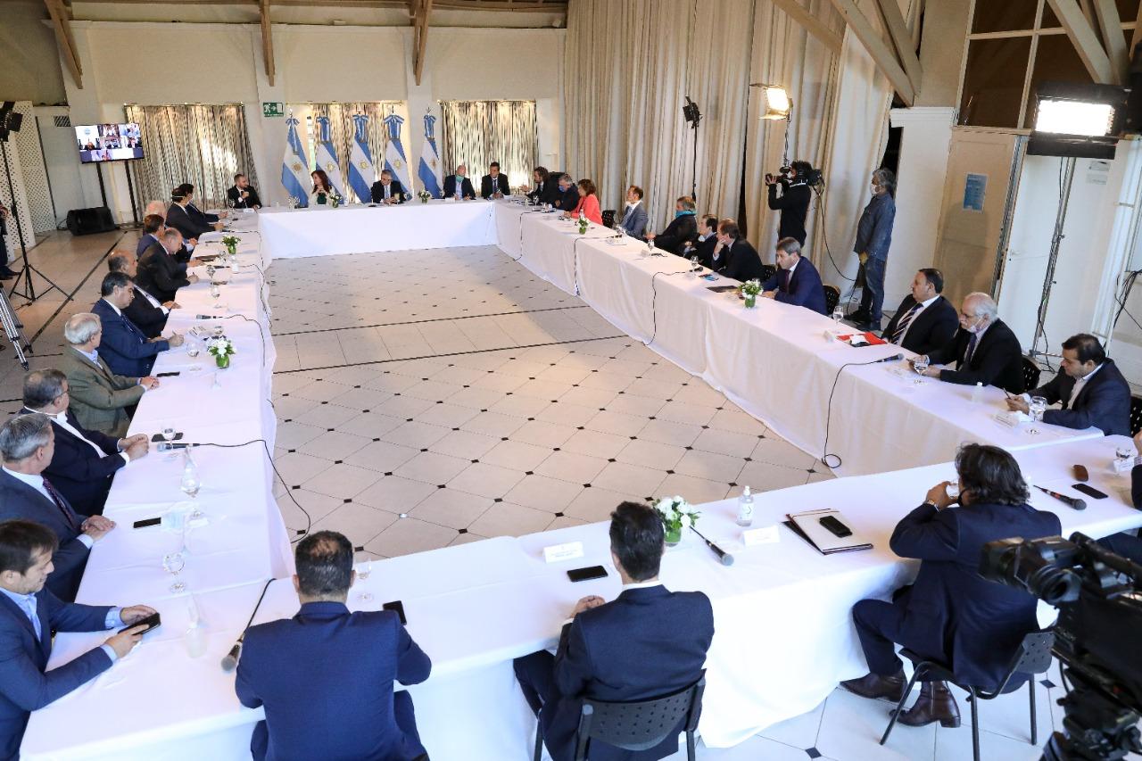 debito argentina offerta proposta ristrutturazione creditori privati
