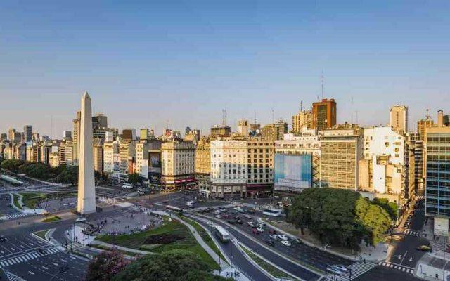 deficit pubblico argentina tendenza crisi recessione inflazione