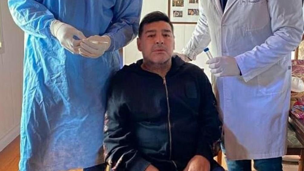 diego armando maradona isolamento contatto coronavirus