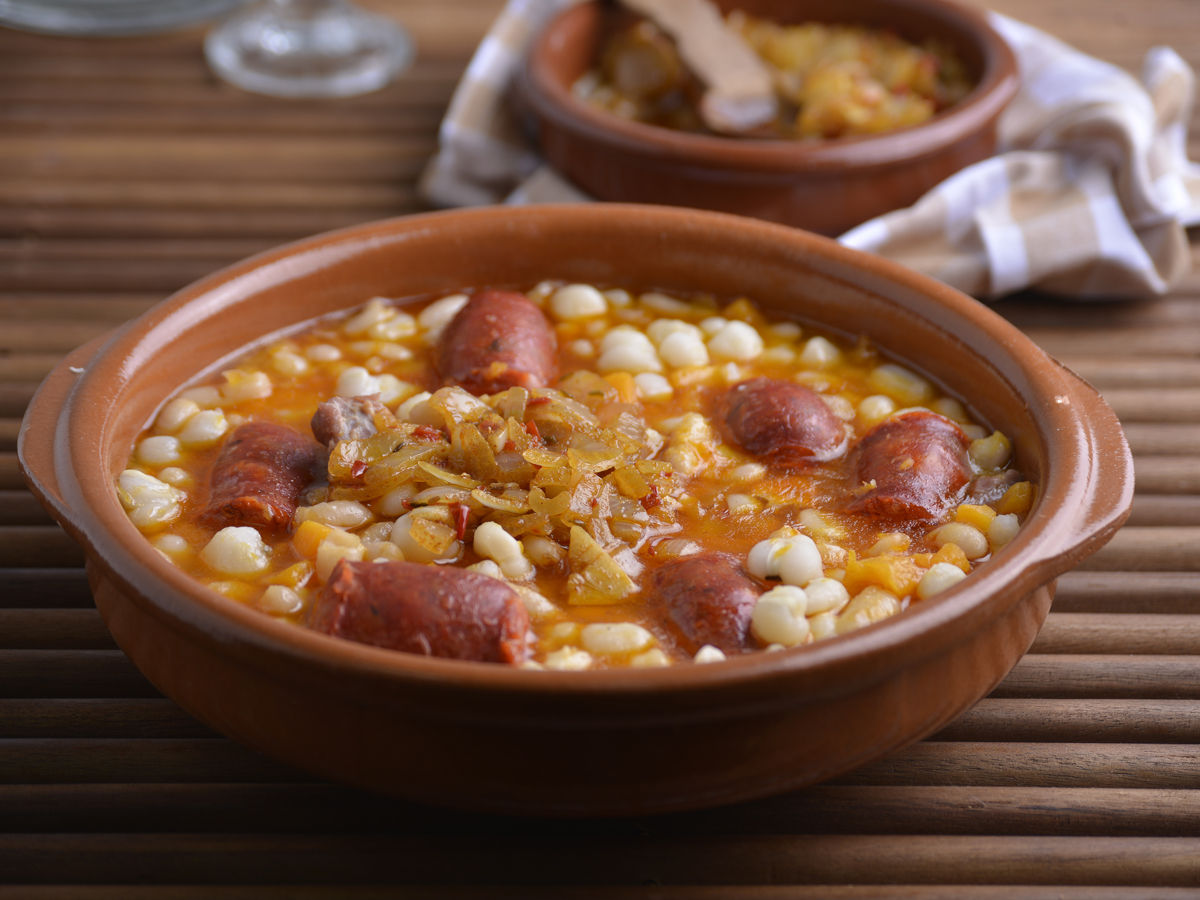 locro argentino piatto ricetta ingredienti 25 maggio