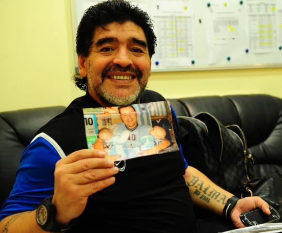 argentina tifoso maradona chiama figlie mara e dona