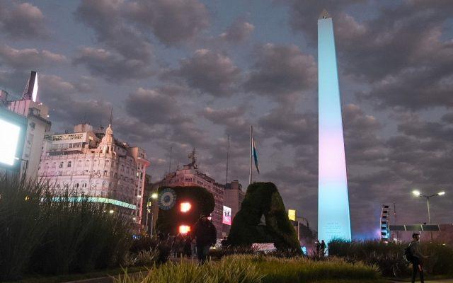 obelisco buenos aires altezza storia anno significato