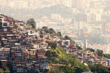 pandemia covid america latina povertà indigenza disoccupazione