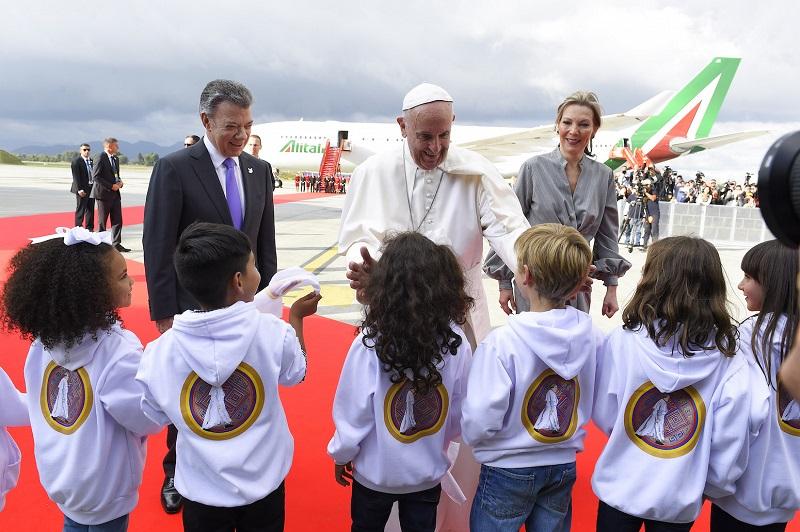 papa francesco in argentina 2020 uruguay