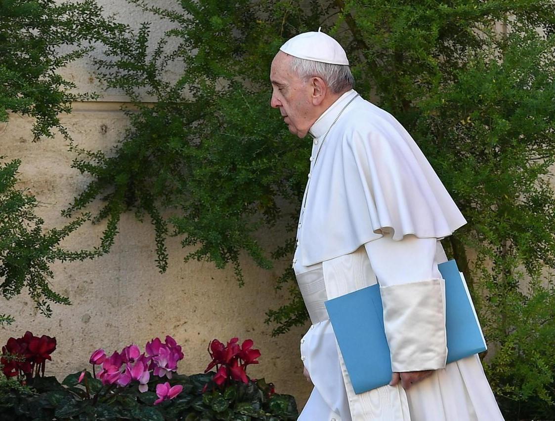 pedofilia segreto pontificio rescriptum papa francesco