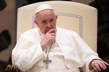 papa francesco vaccinato vaccino covid pfizer vaticano