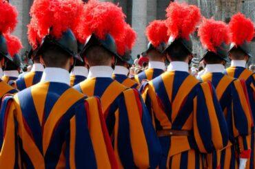 coronavirus contagi guardie svizzere papa francesco